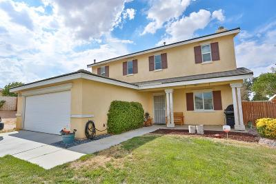 Victorville Single Family Home For Sale: 14640 Round Up Court