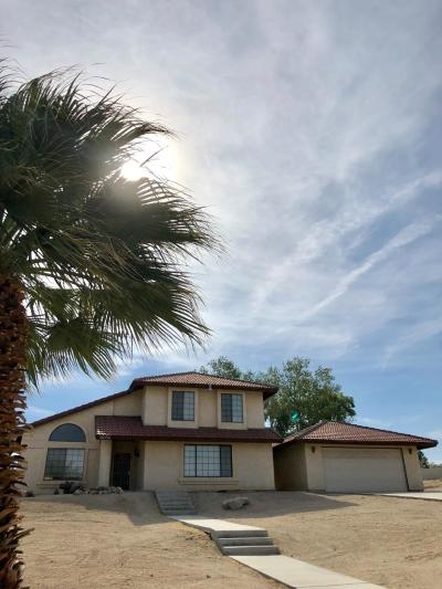 Apple Valley Single Family Home For Sale: 16056 Tude Road