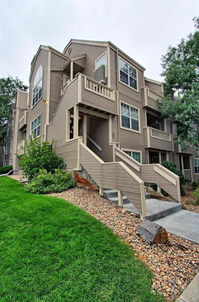 Lakewood Condo/Townhouse Active: 5702 West Asbury Place #301