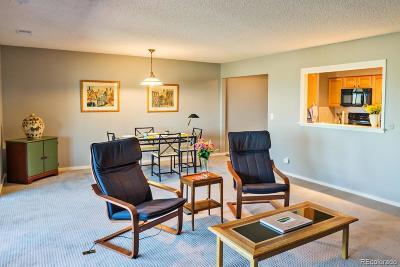 Boulder Condo/Townhouse Active: 1542 Bradley Drive #A