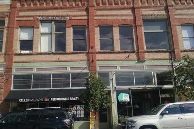 Salida Condo/Townhouse Under Contract: 207 F Street #4