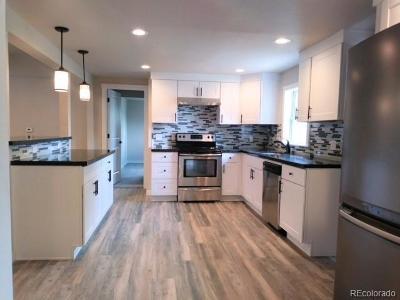 Commerce City Single Family Home Active: 7520 Magnolia Street
