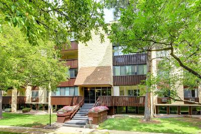 Denver Condo/Townhouse Active: 6940 East Girard Avenue #210
