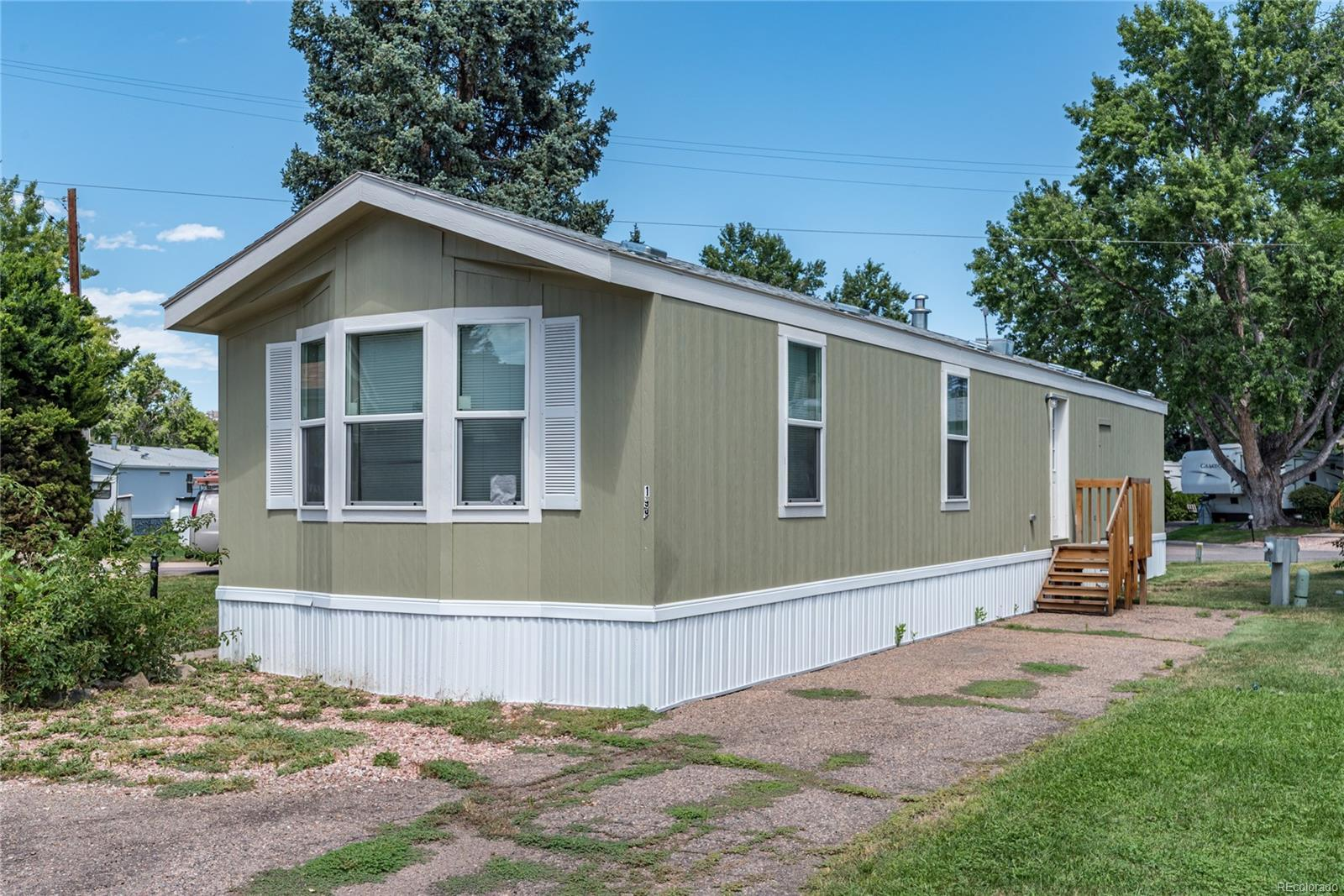 townhomes in denver colorado, apartments in denver colorado, motels in denver colorado, on mobile home parks in denver colorado