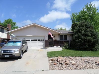 Longmont Single Family Home Active: 1302 Horizon Lane