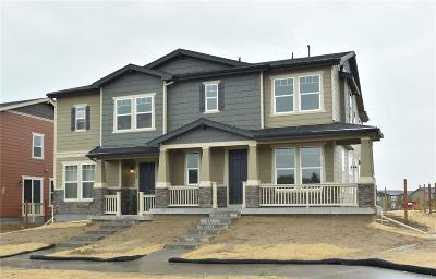 Castle Rock CO Condo/Townhouse Active: $403,784