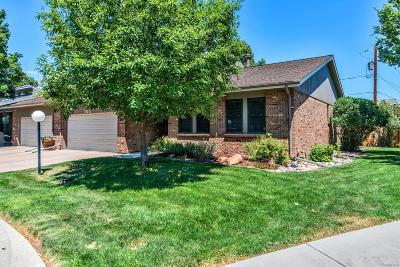 Castle Rock, Conifer, Cherry Hills Village, Greenwood Village, Englewood, Lakewood, Denver Condo/Townhouse Active: 9225 West Jewell Place #105