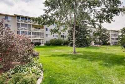Denver Condo/Townhouse Active: 705 South Alton Way #7B