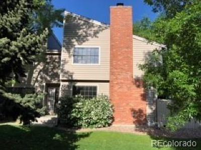 Littleton Condo/Townhouse Active: 7925 West Layton Avenue #519