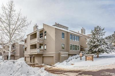 Golden Condo/Townhouse Active: 23722 Pondview Place #F
