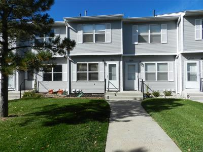 Castle Rock CO Condo/Townhouse Under Contract: $230,000