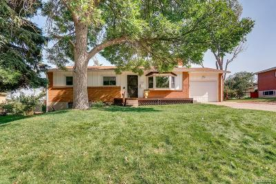 Lakewood CO Single Family Home Under Contract: $395,000