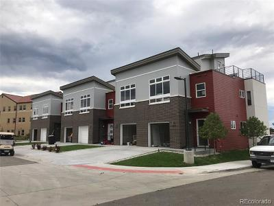 Denver Condo/Townhouse Active: 2809 West Parkside Place