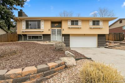 Lakewood CO Single Family Home Active: $375,000