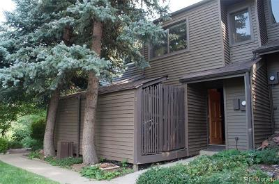 Boulder CO Condo/Townhouse Active: $135,000