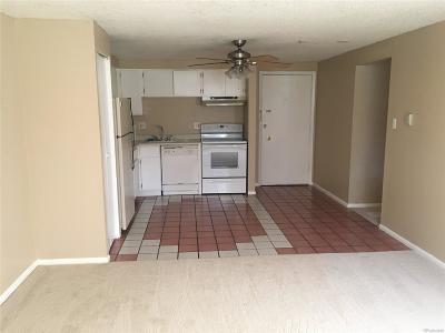 Denver CO Condo/Townhouse Active: $135,900