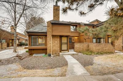 Castle Rock, Conifer, Cherry Hills Village, Greenwood Village, Englewood, Lakewood, Denver Condo/Townhouse Active: 2685 South Dayton Way #334