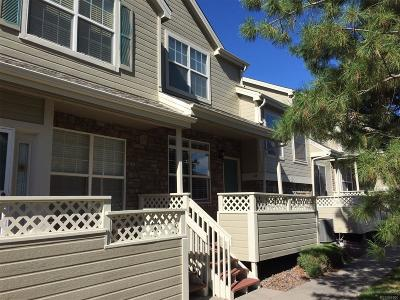Littleton CO Condo/Townhouse Active: $329,900