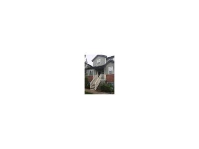 Lakewood CO Condo/Townhouse Active: $295,000