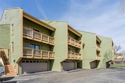 Condo/Townhouse Active: 2885 Chinook Lane #A13