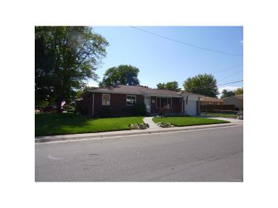 Lakewood Single Family Home Active: 5770 West Louisiana Avenue