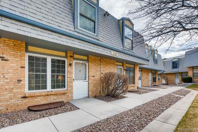 Castle Rock, Conifer, Cherry Hills Village, Greenwood Village, Englewood, Lakewood, Denver Condo/Townhouse Active: 1547 South Owens Street #43