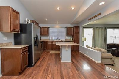 Johnstown Single Family Home Active: 3913 Blackwood Lane
