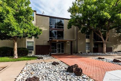 Aurora CO Condo/Townhouse Active: $179,000