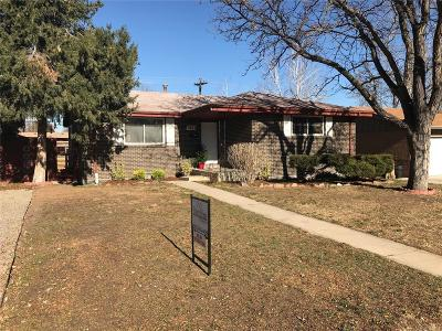 Lakewood Single Family Home Active: 7863 West Iowa Drive