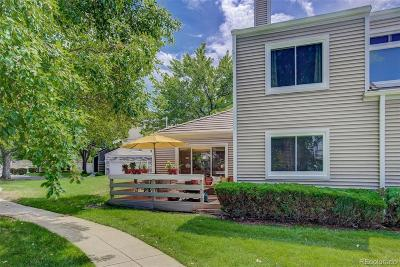 Denver Condo/Townhouse Active: 2284 South Yosemite Circle