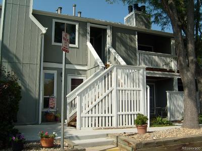 Denver Condo/Townhouse Active: 1180 South Monaco Parkway #6