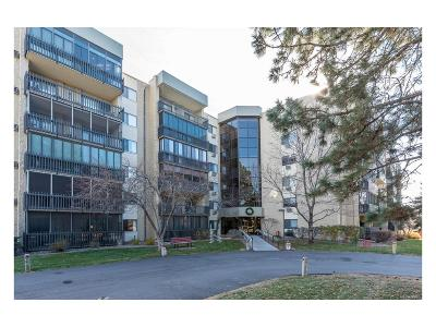 Arapahoe County Condo/Townhouse Active: 14152 East Linvale Place #211