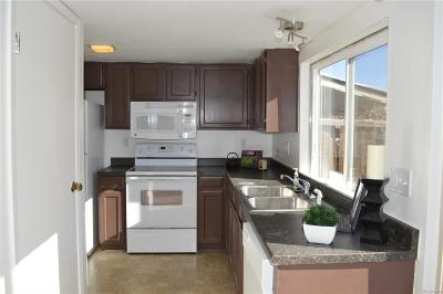 Aurora Condo/Townhouse Active: 16045 East Ithaca Place