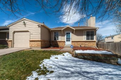 Aurora, Denver Single Family Home Active: 4809 South Richfield Circle