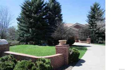 Englewood Single Family Home Active: 67 Cherry Hills Farm Drive