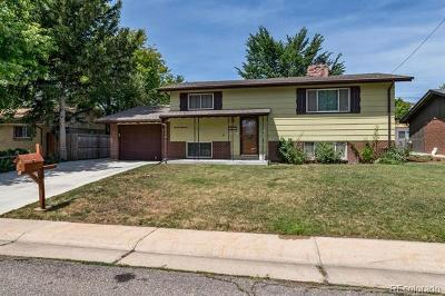 Arvada Single Family Home Active: 5337 Field Circle