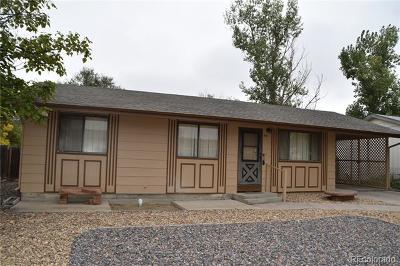 Fort Lupton Single Family Home Active: 910 Dogwood Avenue