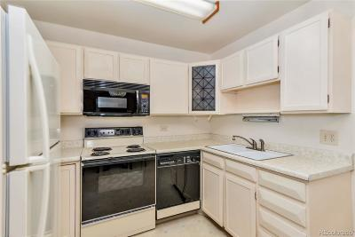 Denver Condo/Townhouse Active: 715 South Alton Way #8A