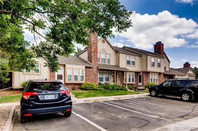 Aurora Condo/Townhouse Active: 16951 East Chenango Avenue #E