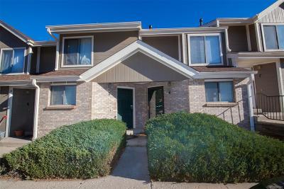 Castle Rock, Conifer, Cherry Hills Village, Greenwood Village, Englewood, Lakewood, Denver Condo/Townhouse Active: 8747 West Cornell Avenue #6