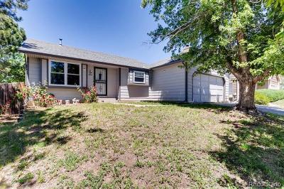 Arapahoe County Single Family Home Active: 1670 South Espana Way