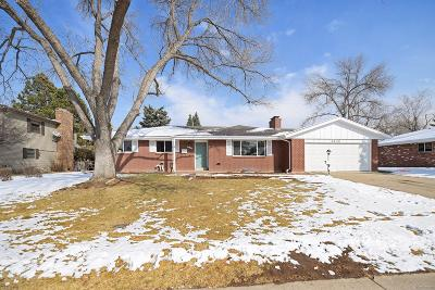 Centennial Single Family Home Under Contract: 6220 South Southwood Drive