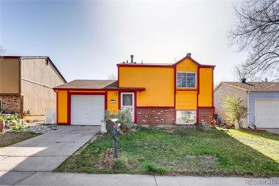 Aurora CO Single Family Home Active: $304,900