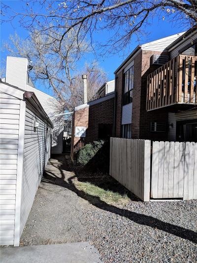 Denver CO Condo/Townhouse Under Contract: $160,000