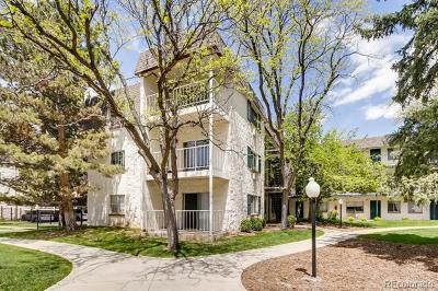 Condo/Townhouse Active: 2225 South Jasmine Street #317