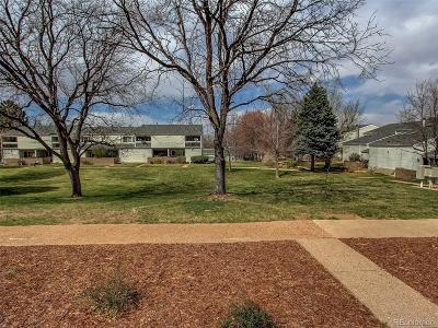 Littleton CO Condo/Townhouse Active: $345,000