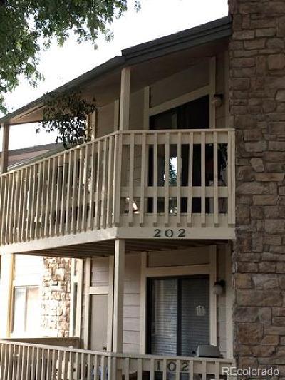 Denver Condo/Townhouse Active: 8335 Fairmount Drive #2-202