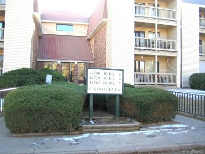 Aurora CO Condo/Townhouse Active: $168,500