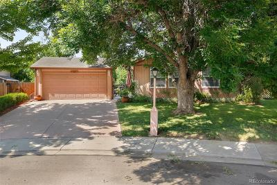 Longmont Single Family Home Active: 426 Crystal Place
