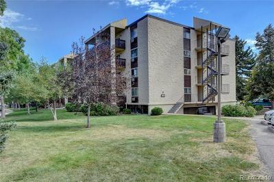 Condo/Townhouse Active: 6930 East Girard Avenue #406